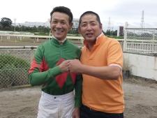 幼馴染であり、かつての戦友——田中学騎手と木村健調教師の誓い