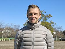 """【L.ヒューイットソン騎手】初来日!""""のびしろしかない""""若きトップジョッキーの挑戦!"""