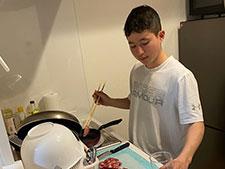 【武藤騎手のおうち時間】料理の腕があがってきたかも!? (無料公開)