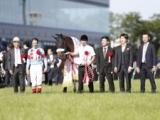 JRA授賞式で見た人と馬を育てるチーム国枝の強さ/トレセン発秘話