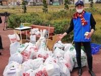 武豊「北海道もっと盛り上げたい」 滞在騎手30人が函館で清掃ボランティア