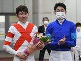 【JRA】三津谷隼人騎手「まさか最後に重賞まで勝たせてもらえるなんて」最終騎乗で美酒