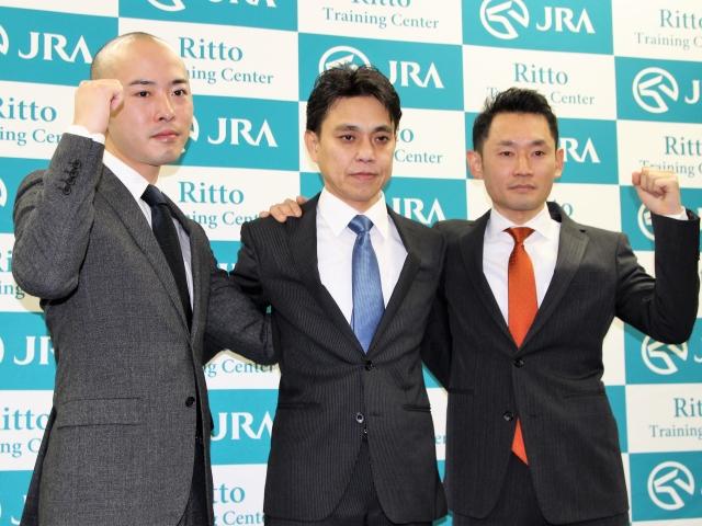 調教師としての意気込みを語った(左から)石坂公一さん、上村洋行さん、坂口智康さん(撮影:花岡貴子)