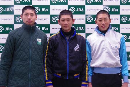 左から長岡禎仁騎手、原田和真騎手、山崎亮誠騎手(撮影:佐々木祥恵)