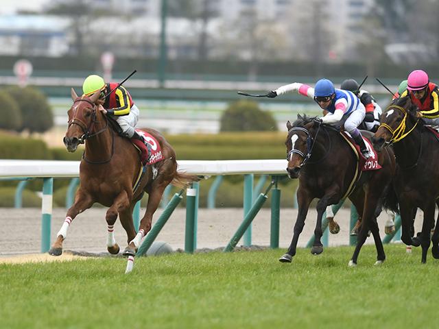 ここもアッサリ突破で、無敗の桜花賞馬誕生に期待がかかるラッキーライラック。