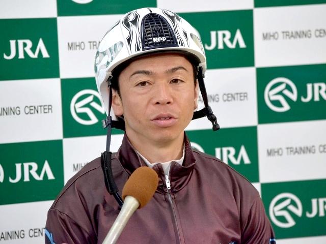 オウケンムーンについて「頭が高くても上手に走ってくれる」と語った北村宏司騎手(撮影:佐々木祥恵)