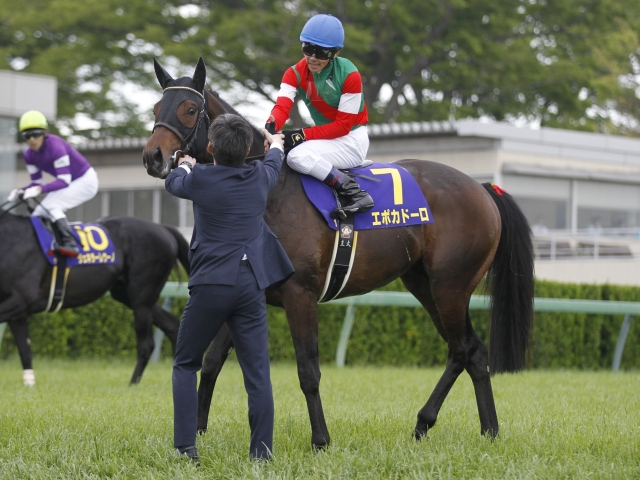 7番人気のエポカドーロが優勝(c)netkeiba.com、撮影:下野雄規