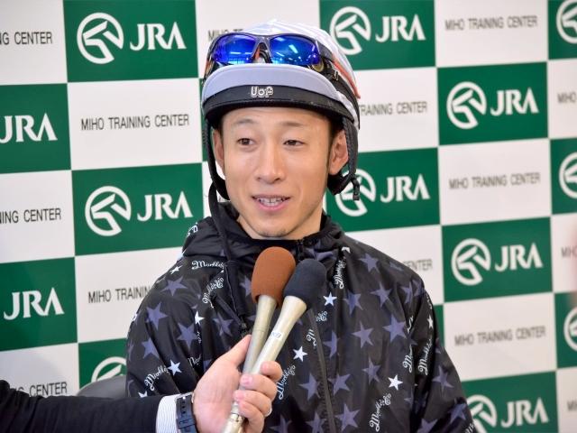 トーセンブレスについて「すごく弾む馬、気持ちの良い追い切りでした」と語った藤岡佑介騎手(撮影:佐々木祥恵)