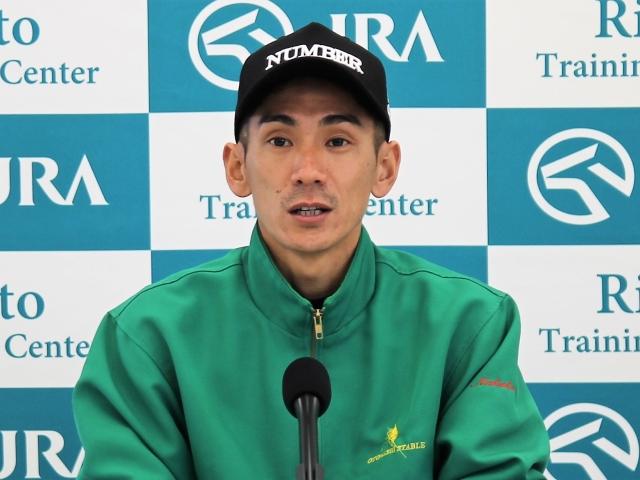 中京コースでも「持ち味が生かせると思います」と語ったサンライズノヴァの生野助手(撮影:花岡貴子)