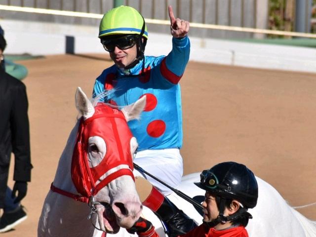jra ルメール騎手が年間213勝目 2005年武豊騎手を超えjra年間最多勝