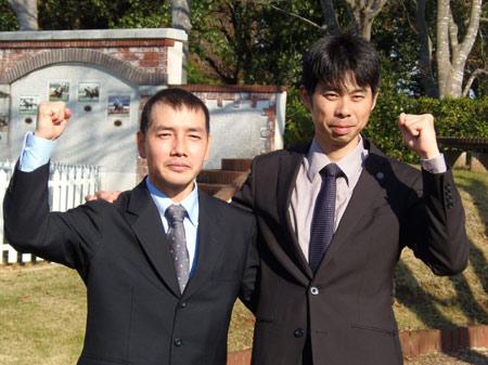 新規調教師免許合格者、美浦所属の和田氏(左)と尾形氏(右)が会見(撮影:佐々木祥恵)