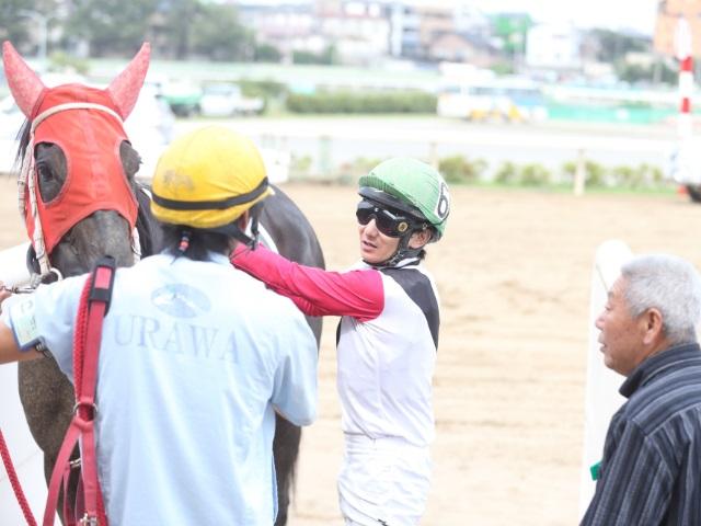 期間限定騎乗初勝利を挙げた富沢希騎手(撮影:高橋正和)