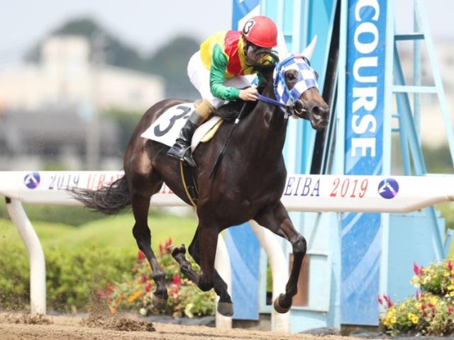 地方競馬通算2000勝を達成した左海誠二騎手(撮影:高橋正和)
