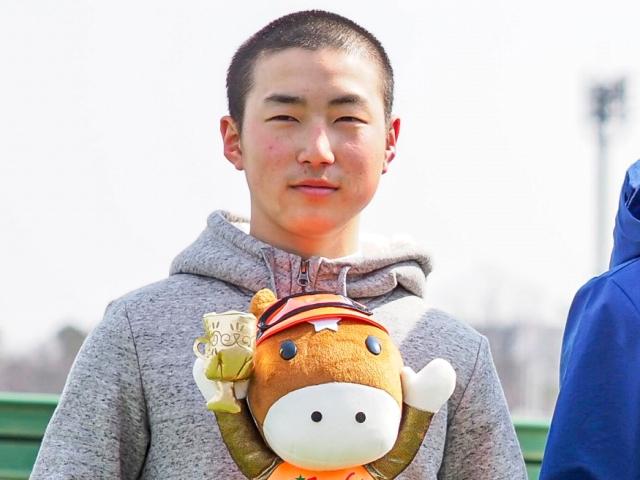 本日からデビューとなった秋山稔樹騎手(c)netkeiba.com、撮影:下野雄規