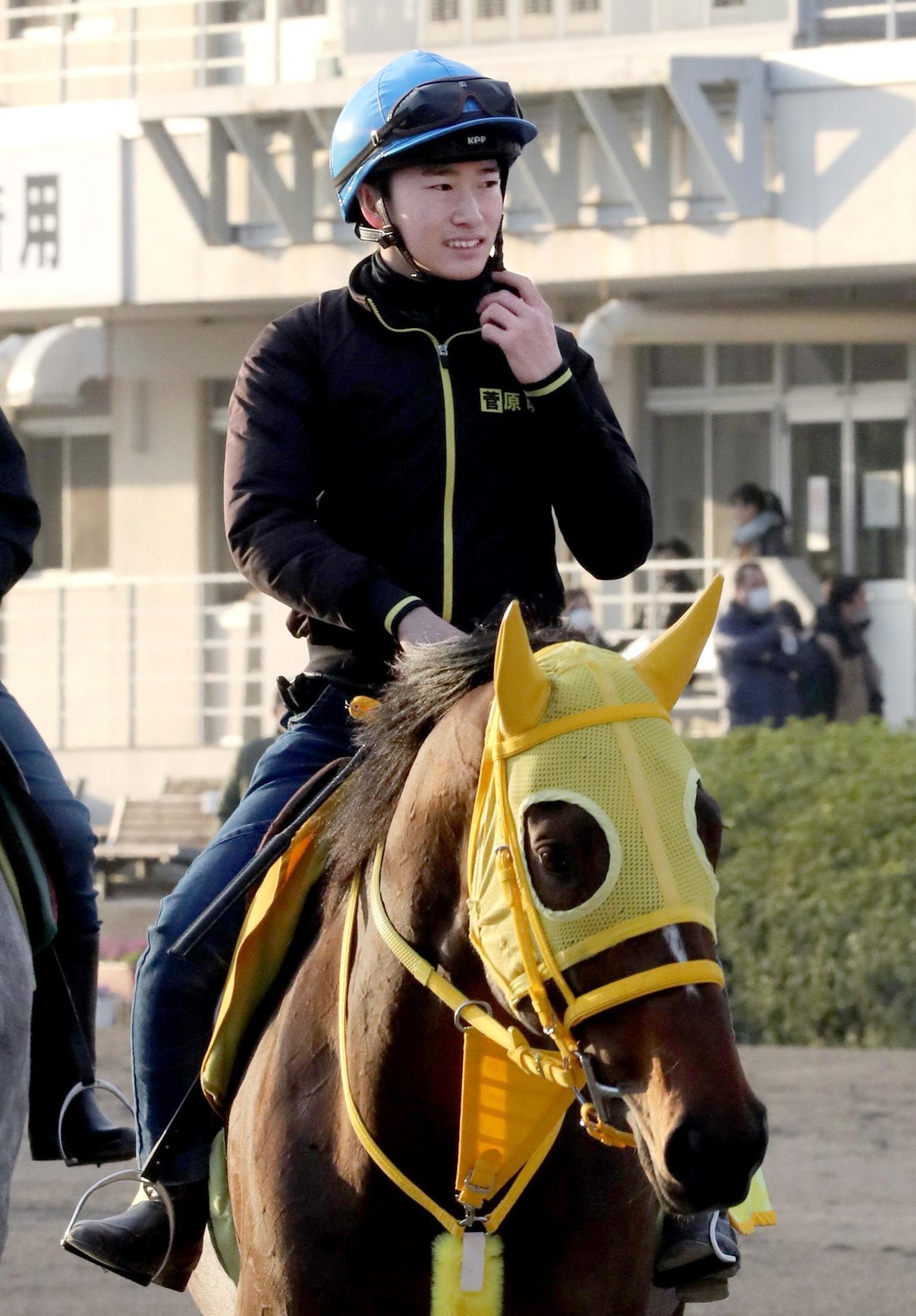 調教騎乗を再開した菅原騎手
