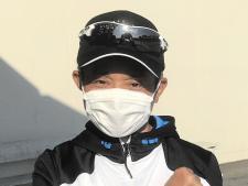 岩田康が負傷後初めて栗東へ 「一日でも早い復帰を目指して」現在はリハビリに励む
