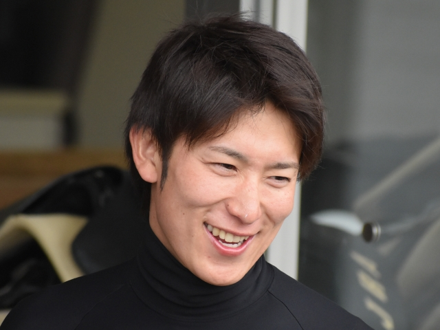 勝利した丸山元気騎手(c)netkeiba.com、撮影:2019年4月21日