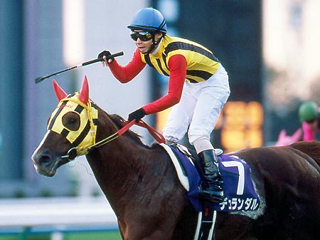 急逝したデュランダル(写真は2004年マイルチャンピオンシップ優勝時)