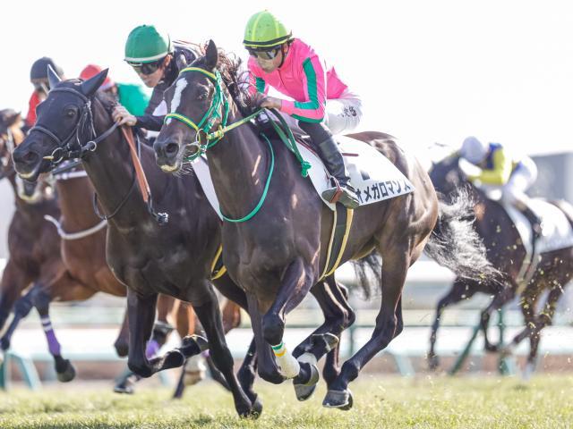 2014年のオークス馬ヌーヴォレコルトの全妹オメガロマンスが勝利(撮影:下野雄規)