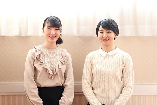 2020年にデビューした永島まなみ騎手(左)と古川奈穂騎手(右) (撮影:桂伸也)
