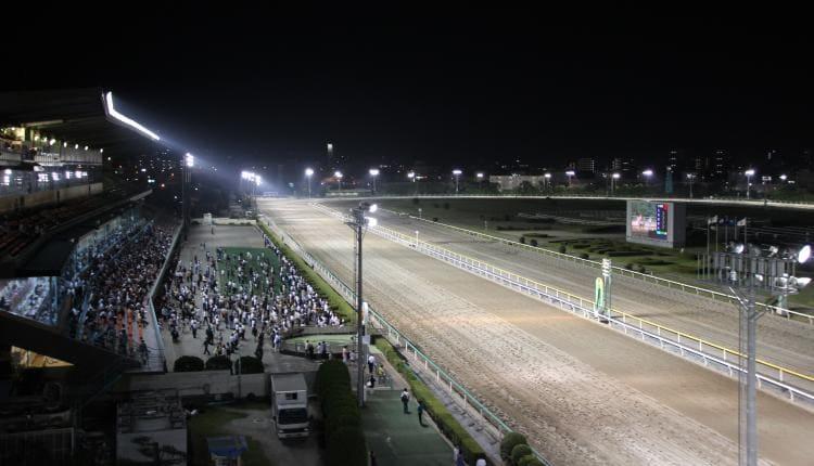 競馬場の画像